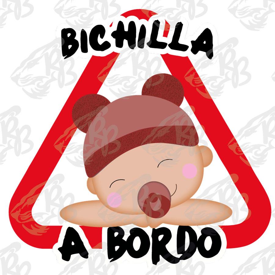 BICHILLA BEBE A BORDO
